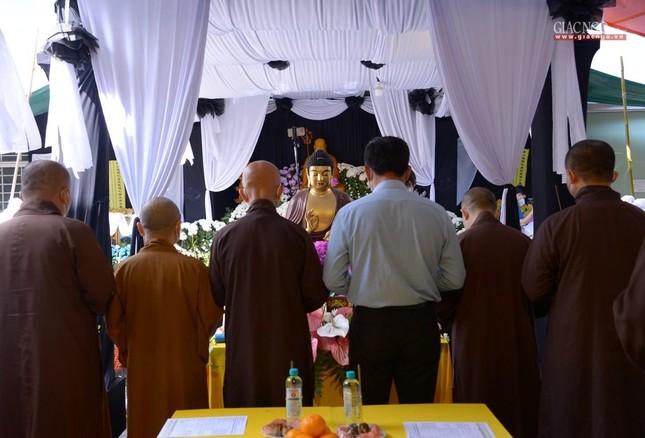 Ban Trị sự GHPGVN TP.HCM thăm các chùa Vĩnh Nghiêm, Giác Ngộ, Tường Nguyên, Nam Thiên Nhất Trụ ảnh 21