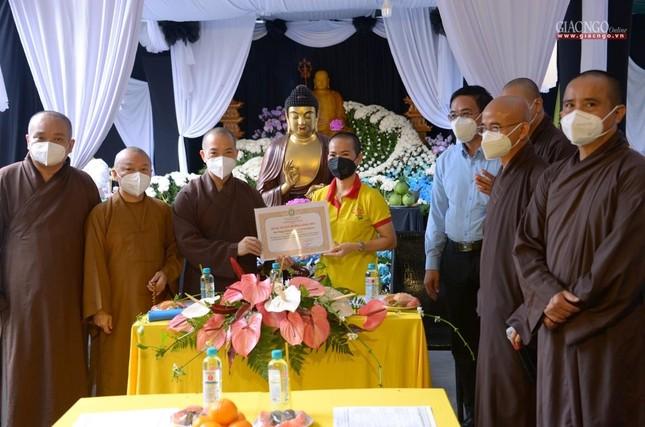 Ban Trị sự GHPGVN TP.HCM thăm các chùa Vĩnh Nghiêm, Giác Ngộ, Tường Nguyên, Nam Thiên Nhất Trụ ảnh 26