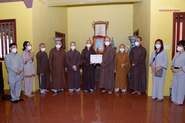 Ban Trị sự GHPGVN TP.HCM thăm các chùa Vĩnh Nghiêm, Giác Ngộ, Tường Nguyên, Nam Thiên Nhất Trụ ảnh 7