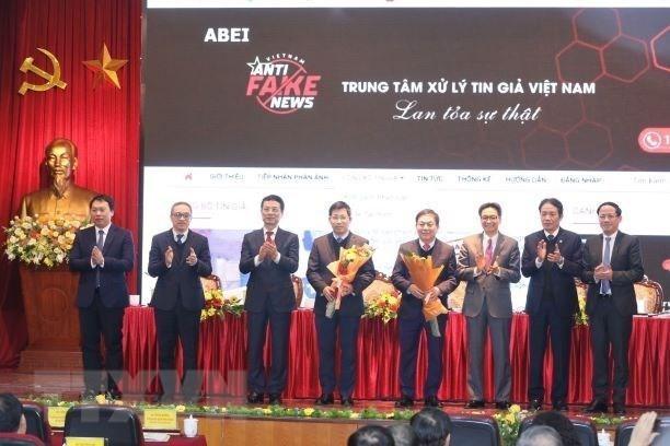 Việt Nam chính thức có cổng thông tin tiếp nhận phản ánh, công bố tin giả ảnh 1