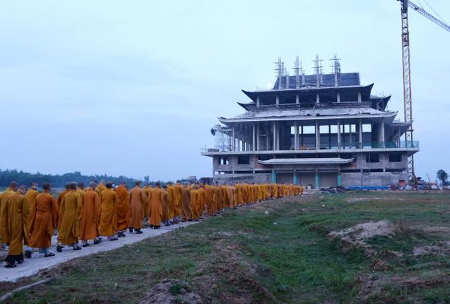 Học viện Phật giáo Việt Nam tại TP.HCM cất nóc chánh điện ảnh 4