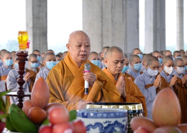 Học viện Phật giáo Việt Nam tại TP.HCM cất nóc chánh điện ảnh 1