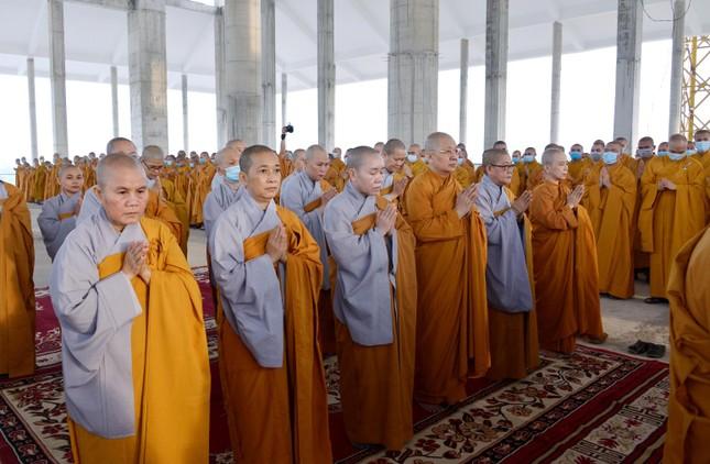 Học viện Phật giáo Việt Nam tại TP.HCM cất nóc chánh điện ảnh 6