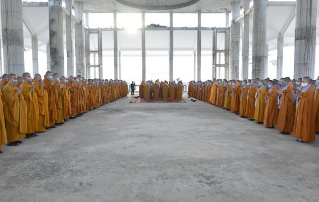 Học viện Phật giáo Việt Nam tại TP.HCM cất nóc chánh điện ảnh 5