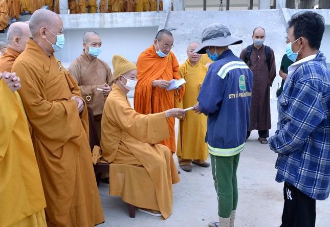 Học viện Phật giáo Việt Nam tại TP.HCM cất nóc chánh điện ảnh 15