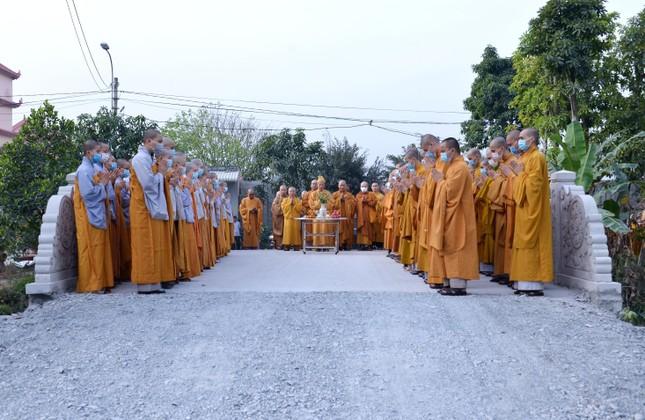 Học viện Phật giáo Việt Nam tại TP.HCM cất nóc chánh điện ảnh 13