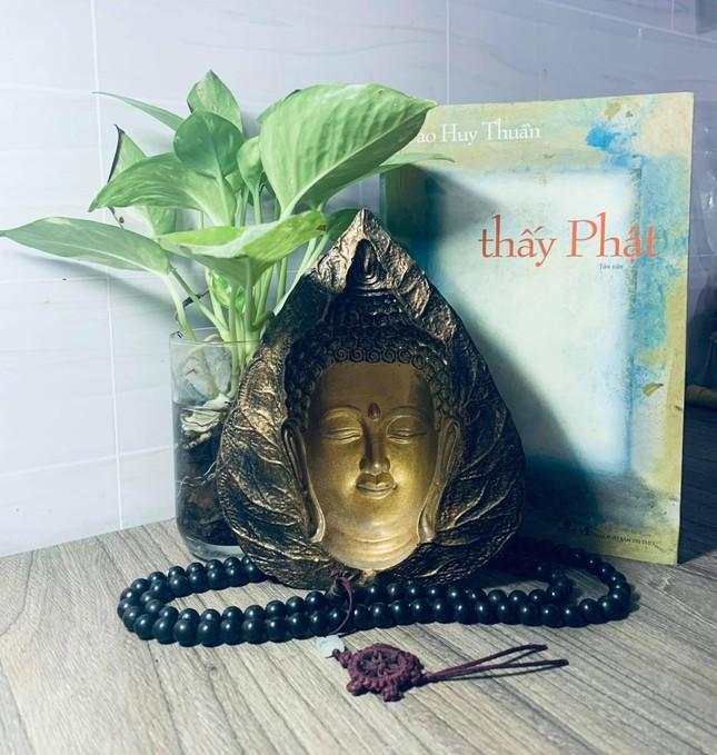 Tết đọc sách: Thấy Phật ảnh 1