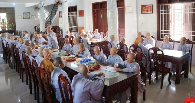 Bến Tre: Phân ban Ni giới tỉnh tổng kết, triển khai Phật sự ảnh 2