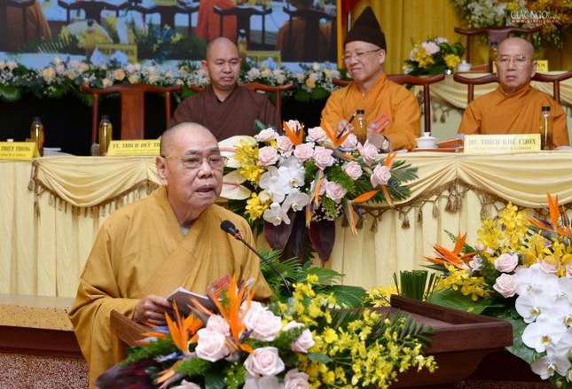 Bế mạc Hội nghị kỳ 5 - khóa VIII, thông qua danh sách tấn phong giáo phẩm Tăng Ni ảnh 2