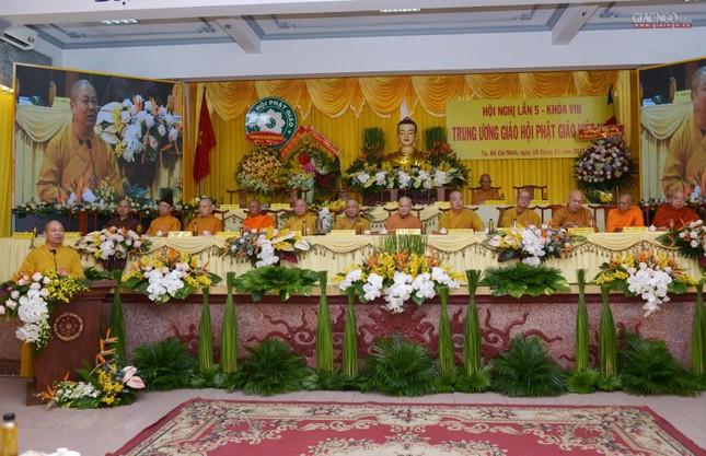 Bế mạc Hội nghị kỳ 5 - khóa VIII, thông qua danh sách tấn phong giáo phẩm Tăng Ni ảnh 1