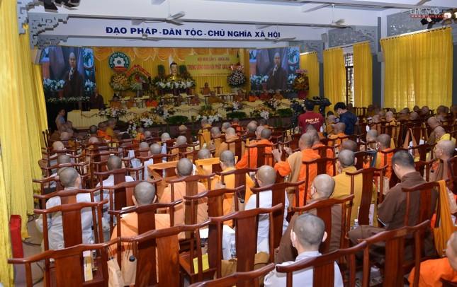 Bế mạc Hội nghị kỳ 5 - khóa VIII, thông qua danh sách tấn phong giáo phẩm Tăng Ni ảnh 13