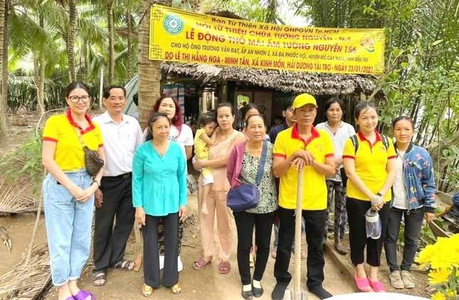 Tổ đình Ấn Quang, Hội Từ thiện Tường Nguyên tặng quà, bàn giao nhà đón Tết ảnh 1