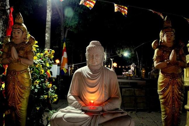 Đồng Nai: Cúng đèn rằm tháng Giêng tại thiền viện Phước Sơn ảnh 2