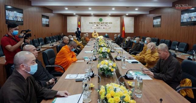 Lần đầu tiên Trung ương GHPGVN họp trực tuyến giữa 2 Trung tâm Điều hành điện tử Hà Nội, TP.HCM ảnh 6