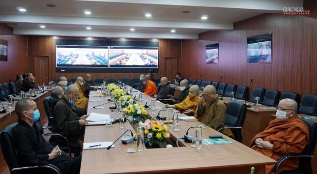 Lần đầu tiên Trung ương GHPGVN họp trực tuyến giữa 2 Trung tâm Điều hành điện tử Hà Nội, TP.HCM ảnh 7