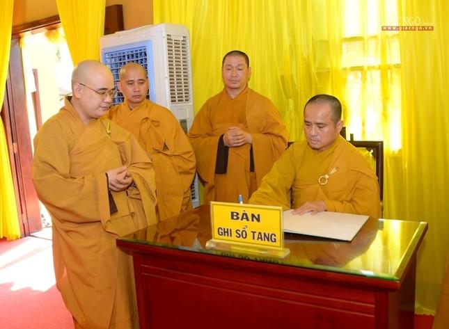 Báo Giác Ngộ, Ban Thông tin - Truyền thông viếng tang Hòa thượng Thích Nhật Ấn ảnh 3