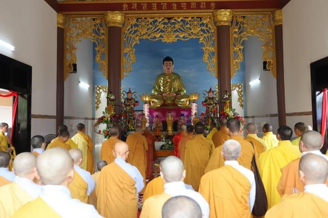 Phú Yên: Lễ tạ Tam bảo chùa Phú Sơn ảnh 1