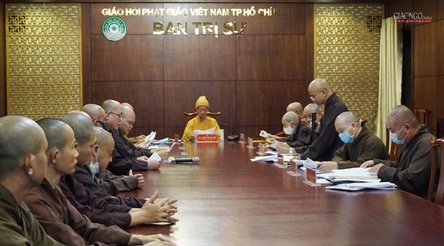 Ban Trị sự TP.HCM thảo luận các Phật sự hướng đến Kỷ niệm 40 năm thành lập GHPGVN ảnh 8