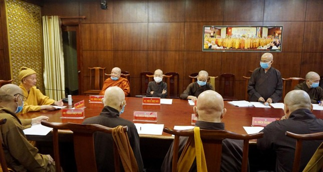 Ban Trị sự TP.HCM thảo luận các Phật sự hướng đến Kỷ niệm 40 năm thành lập GHPGVN ảnh 1