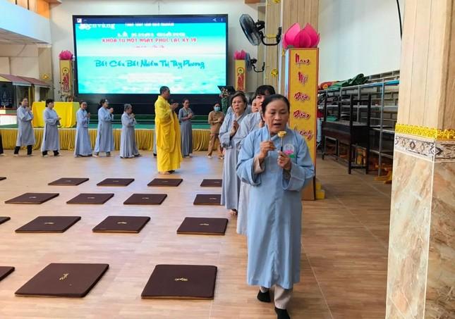 """Đồng Nai: Tổ chức khóa tu """"Một ngày phúc lạc"""" tại chùa Trúc Lâm Viên Nghiêm ảnh 1"""