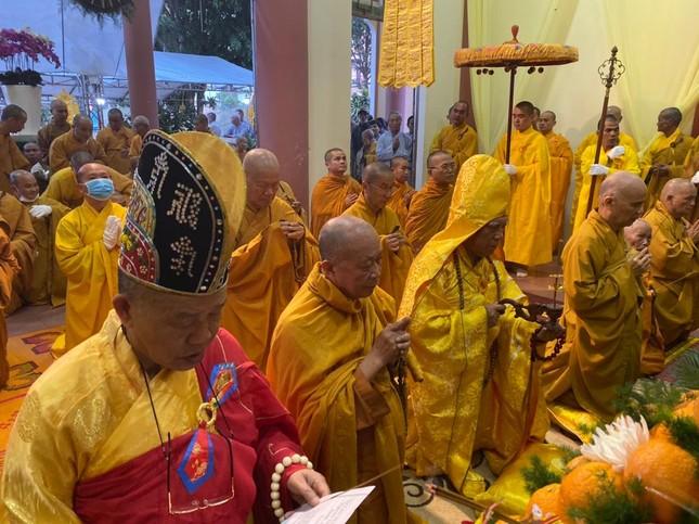 Gia Lai: Lễ nhập kim quan Trưởng lão Hòa thượng Từ Hương ảnh 2