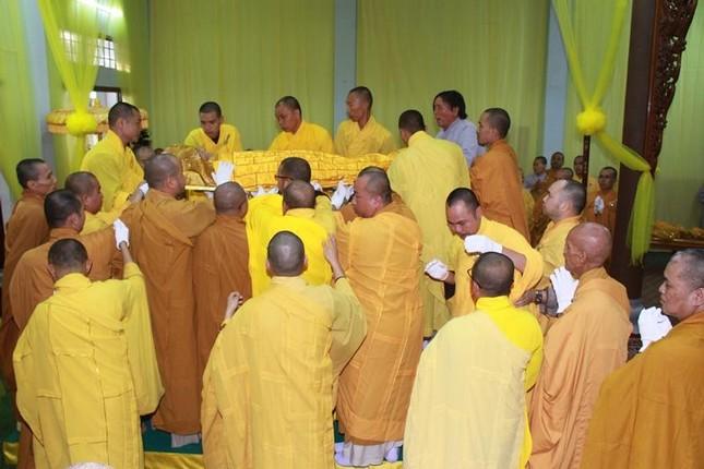 Quảng Nam: Lễ nhập kim quan Trưởng lão Hòa thượng Thích Thiện Duyên ảnh 4