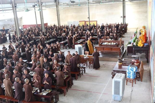Học viện Phật giáo VN tại Hà Nội tưởng niệm các Vua Hùng ảnh 2