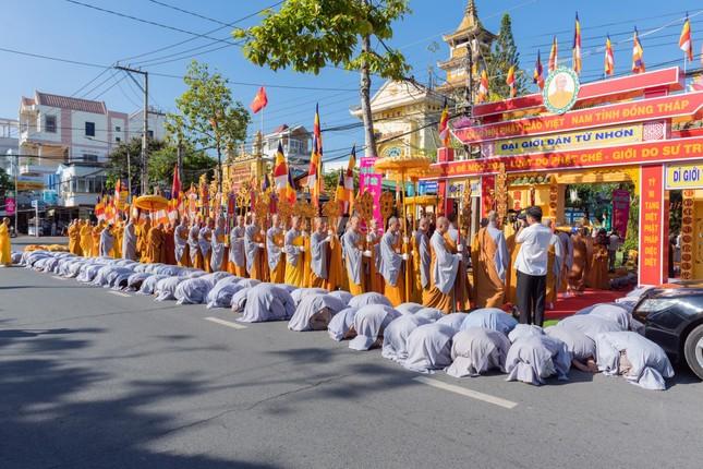 Đồng Tháp: Trang nghiêm khai mạc Đại giới đàn Từ Nhơn Phật lịch 2564 ảnh 9