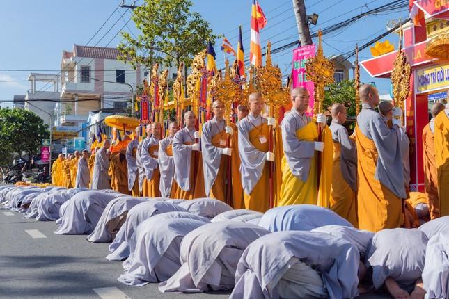 Đồng Tháp: Trang nghiêm khai mạc Đại giới đàn Từ Nhơn Phật lịch 2564 ảnh 11