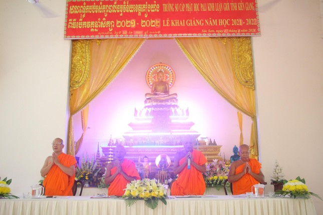 Kiên Giang: Trường Trung cấp Pali - Khmer tỉnh khai giảng năm học 2021-2022 ảnh 1