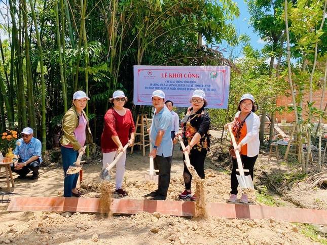 Nhóm thiện nguyện khởi công xây cầu bê-tông tại Trà Vinh ảnh 1