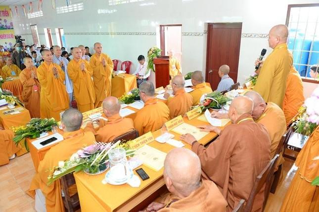 Long An: Đại đức Thích Lệ Ngôn làm Trưởng ban Trị sự Phật giáo huyện Thạnh Hóa ảnh 5