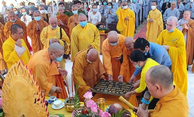 Bình Thuận: Đặt đá đại trùng tu chánh điện tịnh thất An Tuyền ảnh 1