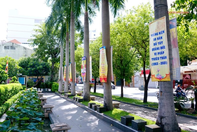 Nơi tưởng niệm Bồ-tát Thích Quảng Đức vị pháp thiêu thân ảnh 8