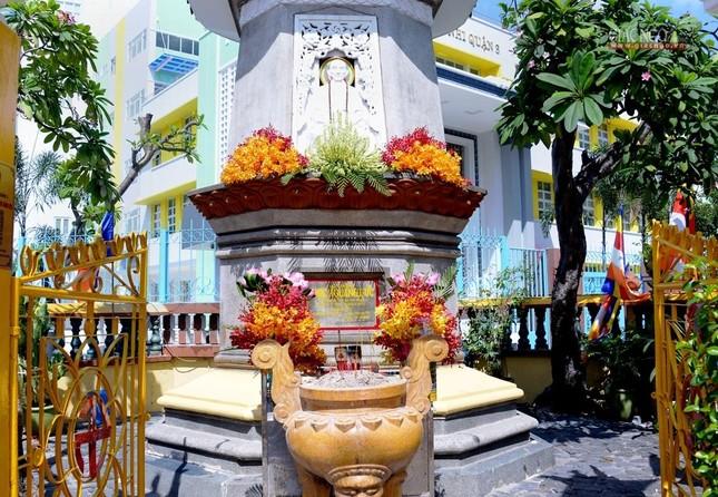 Nơi tưởng niệm Bồ-tát Thích Quảng Đức vị pháp thiêu thân ảnh 2