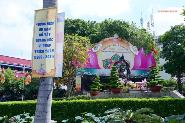 Nơi tưởng niệm Bồ-tát Thích Quảng Đức vị pháp thiêu thân ảnh 7