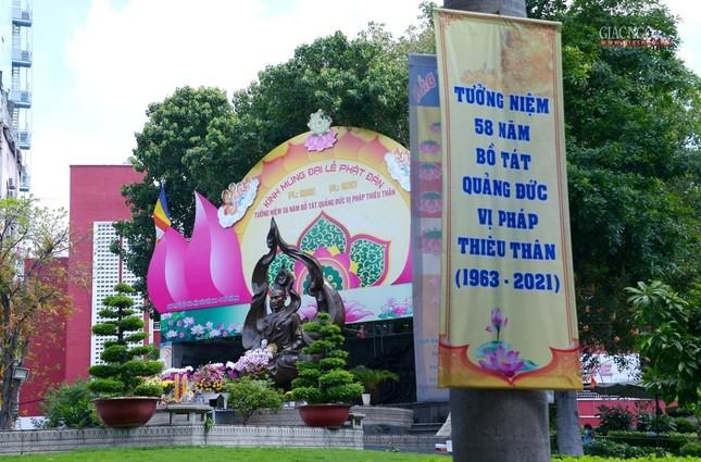 Nơi tưởng niệm Bồ-tát Thích Quảng Đức vị pháp thiêu thân ảnh 5