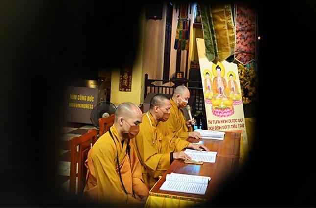 Trung ương GHPGVN, các tỉnh tưởng niệm ngày Thương binh - Liệt sĩ, tụng kinh Dược Sư cầu nguyện ảnh 4