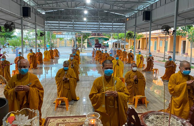 Trung ương GHPGVN, các tỉnh tưởng niệm ngày Thương binh - Liệt sĩ, tụng kinh Dược Sư cầu nguyện ảnh 5