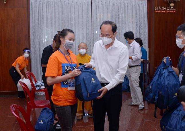 23 tình nguyện viên Phật giáo đến Bệnh viện Dã chiến thu dung và điều trị Covid-19 số 10 ảnh 7