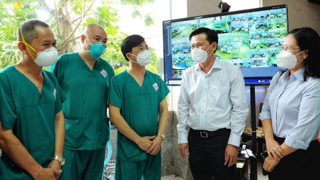 Trung ương GHPGVN thăm lãnh đạo tỉnh Long An và tình nguyện viên Phật giáo ảnh 4