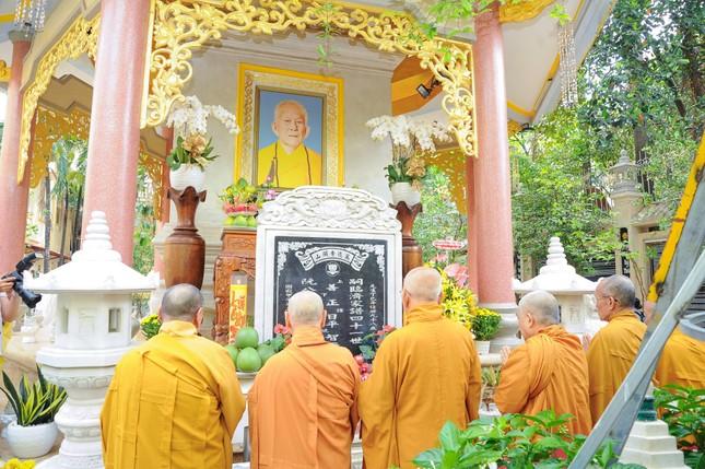 Trang nghiêm lễ tưởng niệm năm thứ 7 ngày Đại lão Hòa thượng Thích Trí Tịnh viên tịch ảnh 9