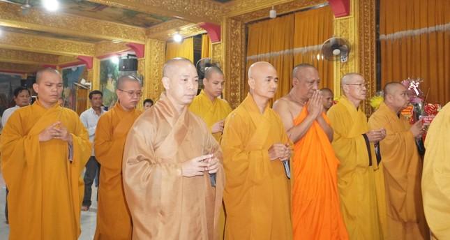 Trung ương Giáo hội chúc Tết Chôl Chnăm Thmây tại chùa Candaransi ảnh 2