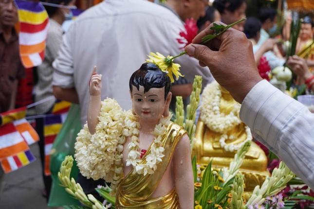 TP.HCM: Lễ Tắm Phật mừng Tết cổ truyền Chôl Chnăm Thmây ảnh 9