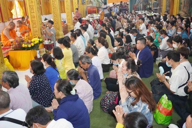 TP.HCM: Lễ Tắm Phật mừng Tết cổ truyền Chôl Chnăm Thmây ảnh 22