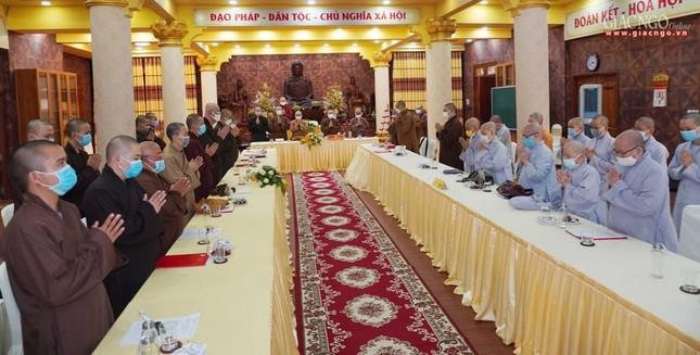 Phật giáo quận 3 trao quyết định chuẩn y nhân sự và triển khai kế hoạch Phật đản, An cư kiết hạ ảnh 8