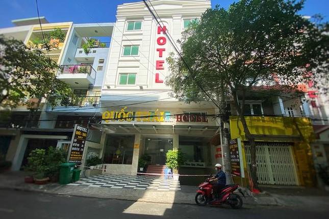 Bình Chánh: Phong tỏa một khách sạn vì liên quan đến ca Covid-19 ảnh 1