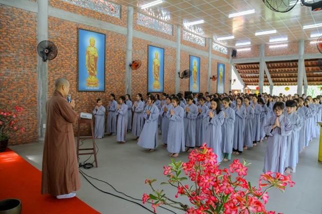 """Thừa Thiên Huế: Chùa Giác Thế tổ chức khóa tu tuổi trẻ """"Lắng nghe để hiểu"""" ảnh 1"""