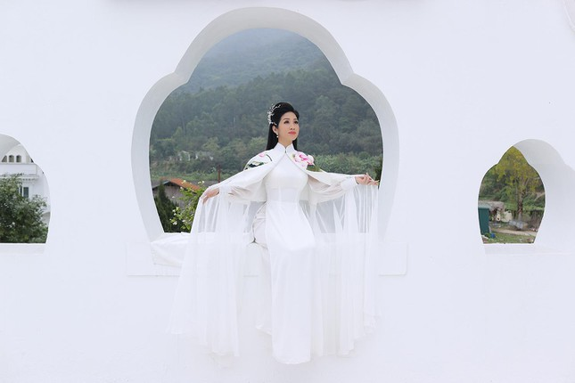 Ca sĩ Phương Nga ra mắt MV nhạc Phật ảnh 1