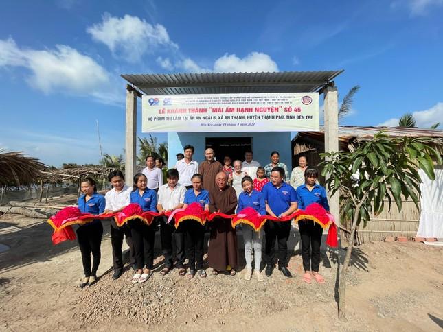 Câu lạc bộ Hạnh Nguyện khánh thành đường nông thôn tại huyện Bình Đại (Bến Tre) ảnh 1